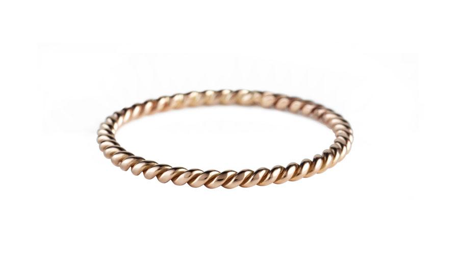 twist-medium-ring-art-youth-society-rose-gold
